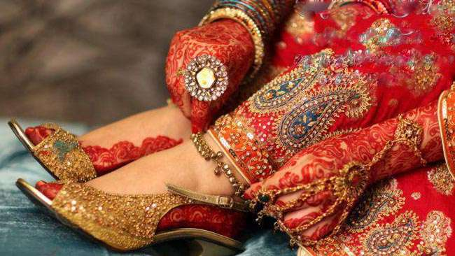Bridal-Mehndi-Designs-for-hand